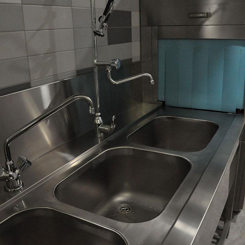 Фотографии моечных ванн из нержавеющей стали